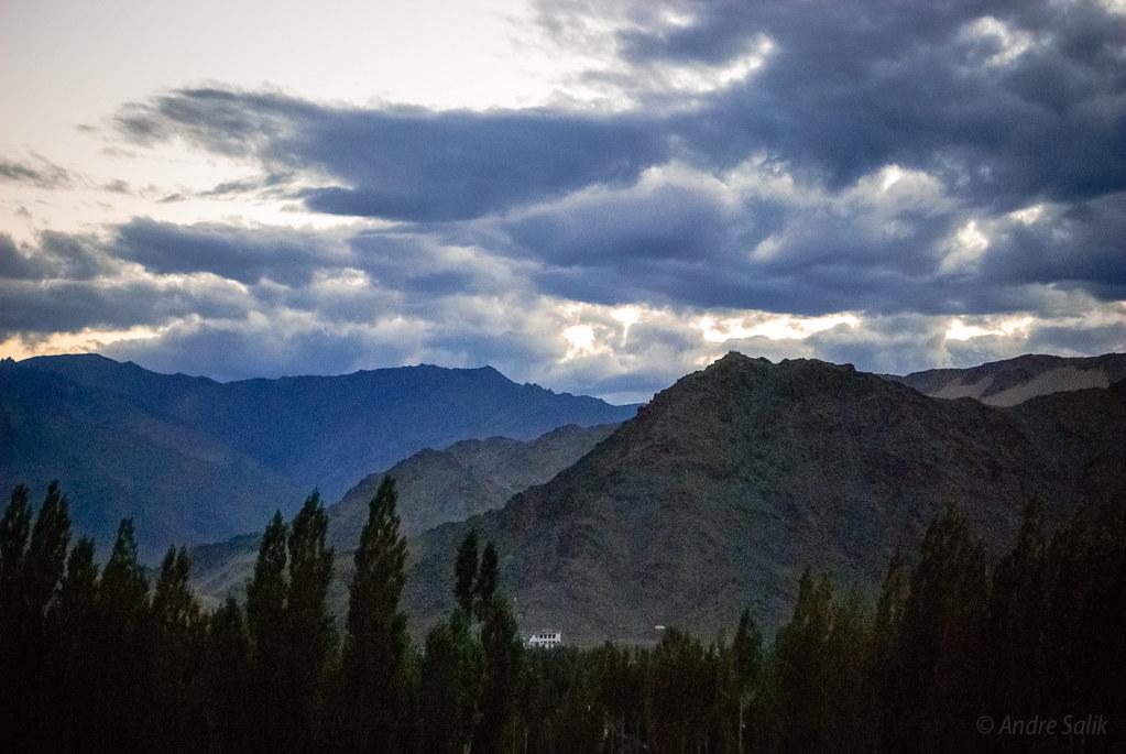 Лес,горы,небо.....  16:53:24 DSC_6052