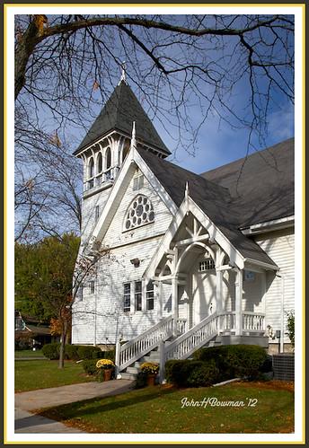 ohio october churches explore 2012 firstpresbyterianchurch presbyterianchurches perrysburg woodcounty warmsunlight canon24105l carpentergothic october2012