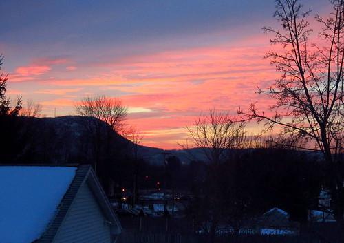 clouds sunrise easthmapton