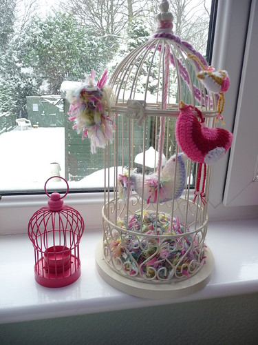 wilfi sent me the tiny Bird Cage. You know how I love them! Thank you so much!