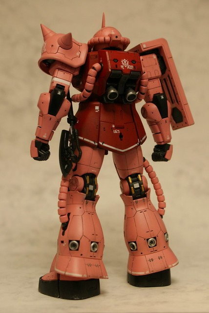 "Real Grade 1/144 - MS-06S Zaku II ""Char Aznable Custom"" - Completed 4 -"