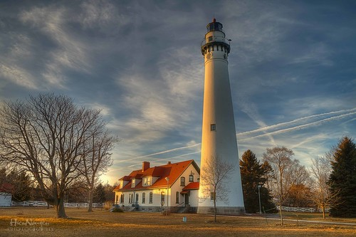 sunset lighthouse canon bluesky racine windpoint lighthouese rememberthatmomentlevel1 rememberthatmomentlevel2 rememberthatmomentlevel3 nguyenphotos windpointlighouse racinelihgthouse