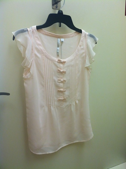Lauren Conrad Bow Henley Blouse in pink tint, sz XS