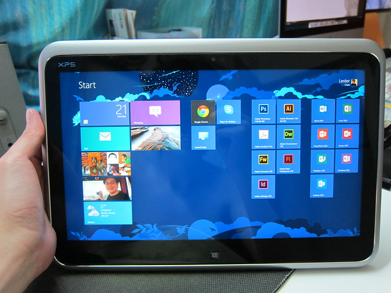 Dell XPS 12 - New Indows 8 UI In Tablet Mode
