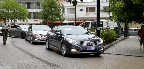 HYUNDAI AZERA YOUTUBE
