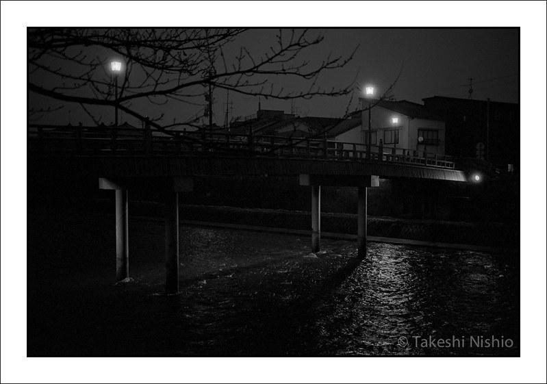 夜の中の橋 / Nakanohashi bridge, Night