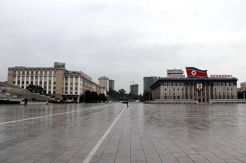 Kim Il Sung Square(4)