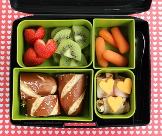Laptop Lunches soft pretzel school lunch with kiwi strawberry hearts and spork