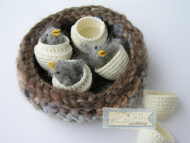 Crochet tits family