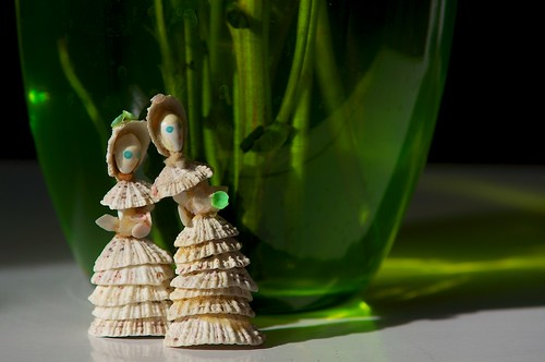 Tiny Things #89: Shell Women