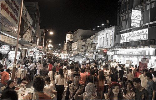 Busy streets in Old Phuket Town