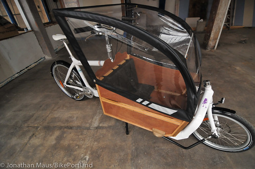 Cargo bike canopy from Blaq Design-2