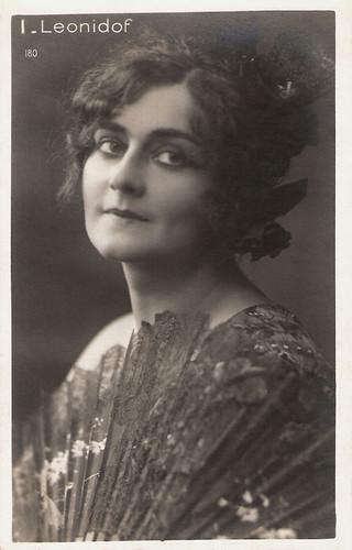 Ileana Leonidoff