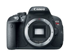 Canon EOS Rebel 700D front