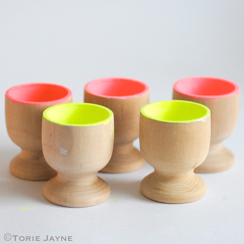 Painting egg cups