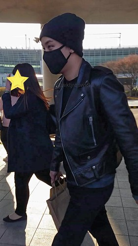 Big Bang - Incheon Airport - 10apr2015 - Seung Ri - wktjrqnwk12 -  02