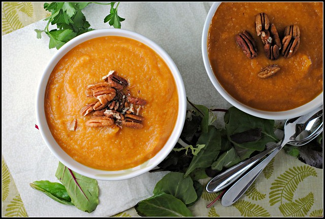 sweetpotatoapplechipotlesoup3