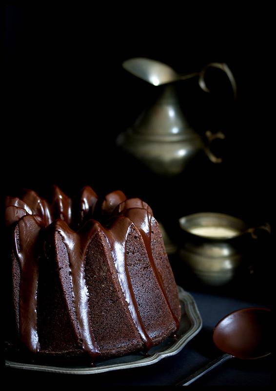 La Petite Maison Saftiger Schokoladen Espresso Gugelhupf Mit Glasur