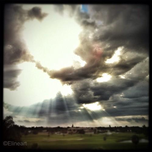 52:365 Spiritual Light by elineart