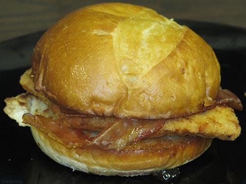 """""""New Englandah"""" chicken sandwich by Coyoty"""