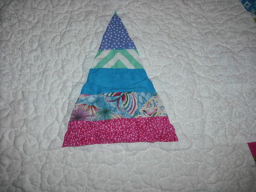 string triangle quilt - detail