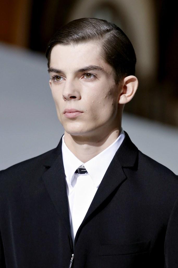 FW13 Paris Dior Homme052_Matthieu Gregoire(GQ.com)