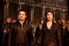 2011. március 30. 21:28 - János (Jeremy Renner) és Júlia (Gemma Arterton)