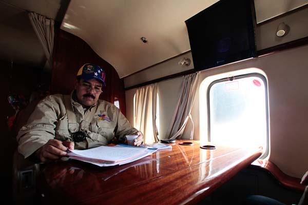 Así viaja Maduro en Avión.