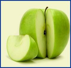 plant(0.0), gourd(0.0), produce(1.0), fruit(1.0), food(1.0), granny smith(1.0), apple(1.0),