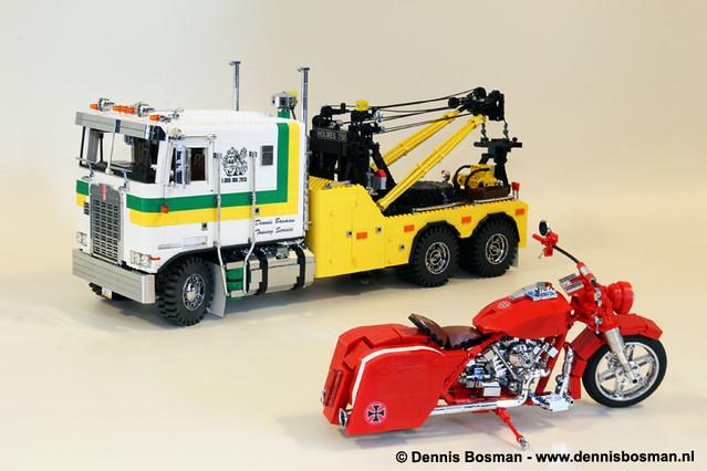 Legotrucks vs. Bricksonwheels