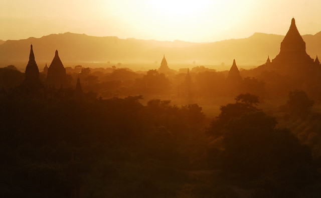 Bagan temples, Myanmar (photo found on DeviantArt, by sevenths)