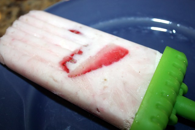 strawberry-greek yogurt popsicle