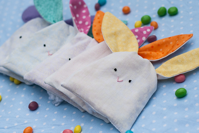 Stitched Small Rabbit Bag Easter Bags substances on order ostestertüte