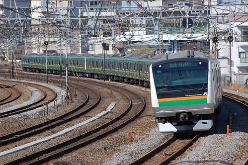 E233系@戸塚〜大船_20130322