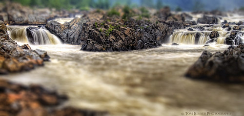 usa water sunrise river landscape virginia waterfall nikon potomacriver tomlussier