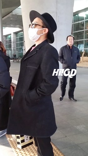 G-Dragon - Incheon Airport - 28jan2015 - Hi GD - 04