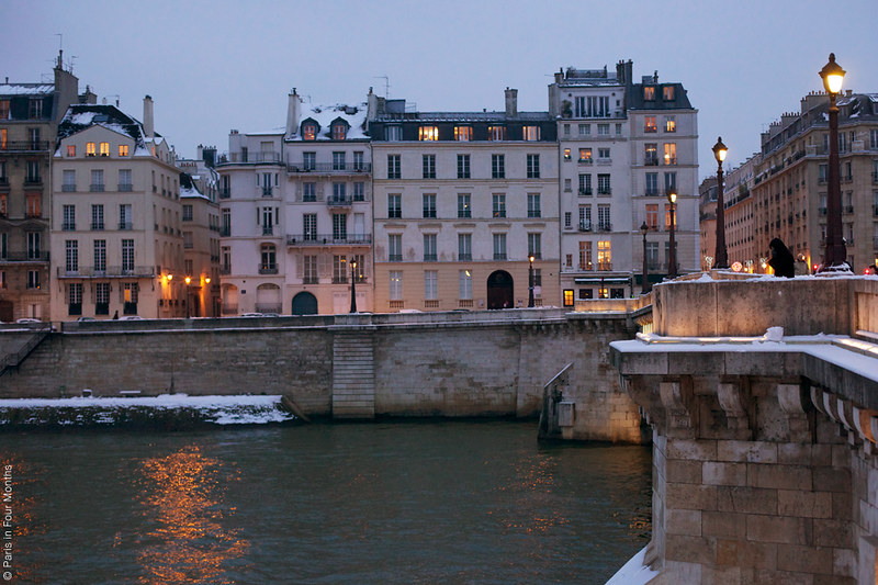Snowy evening in Paris by Carin Olsson (Paris in Four Months)
