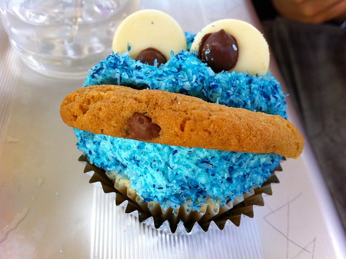 Stacey's Cookie Monster Cupcakes