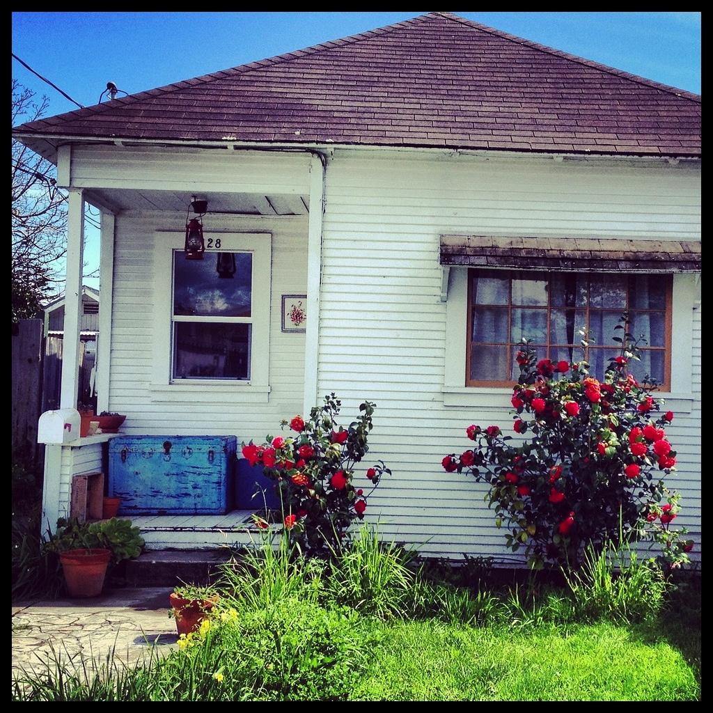 diptich house