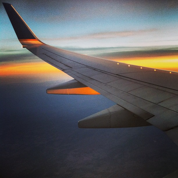 Arizona sunset #flight #usa #arizona #az #sunset #dusk #wing #plane #sky #united #view #october #autumn #evening