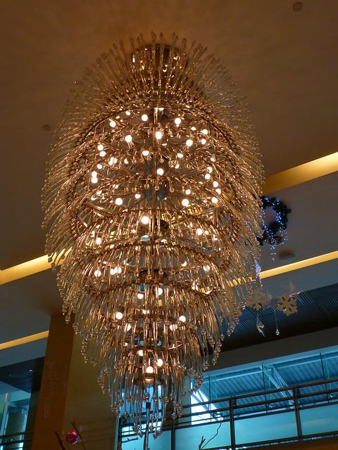 Modern crystal lamp