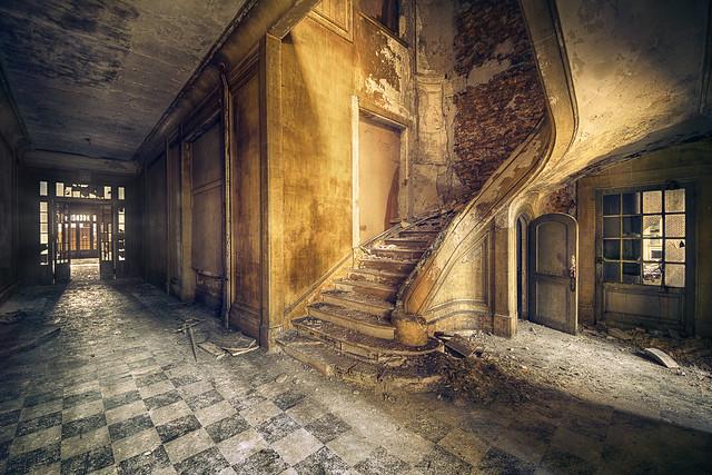 Corridor Steps