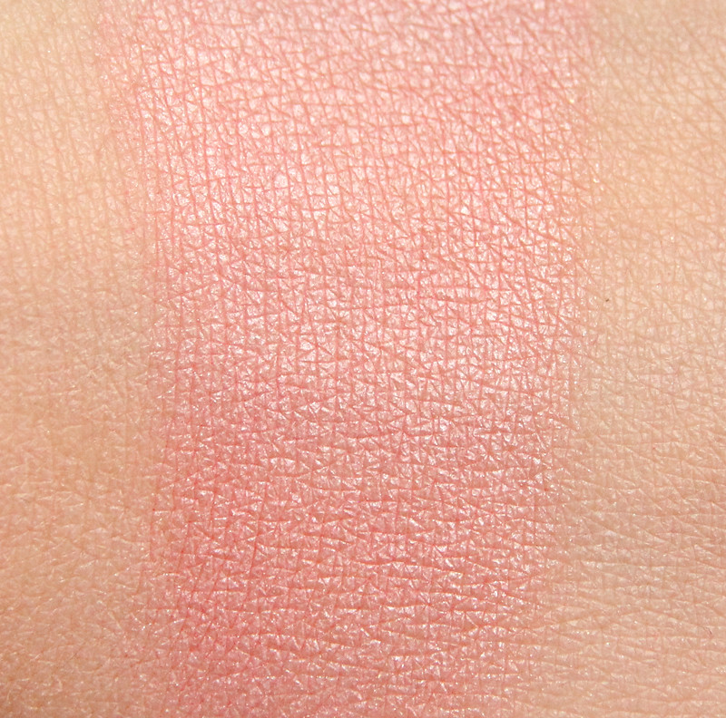 Too faced Sweethearts perfect flush blush swatch2