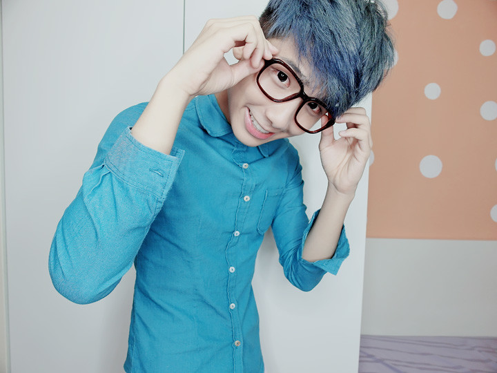 typicalben blue hair specs  hpb advert
