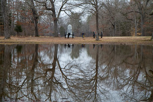 winter reflection pond tennessee civilwar cannon battlefield shiloh bloodypond