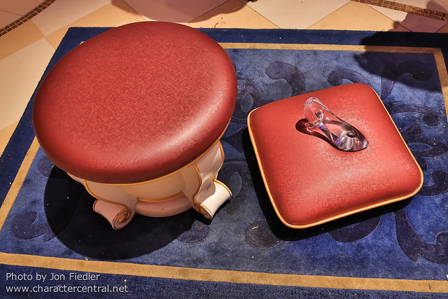 TDR Oct 2012 - Cinderella's Fairy Tale Hall