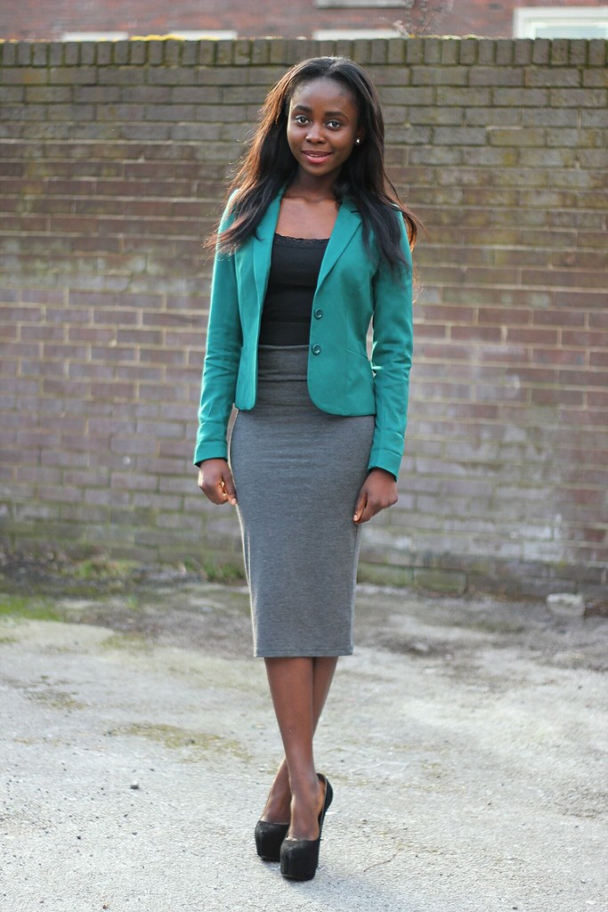 Grey mid-length PENCIL SKIRT LOOK
