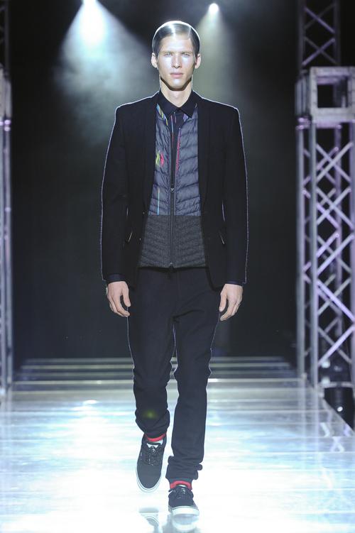 FW13 Tokyo yoshio kubo028_Thomas Aoustet(Fashion Press)