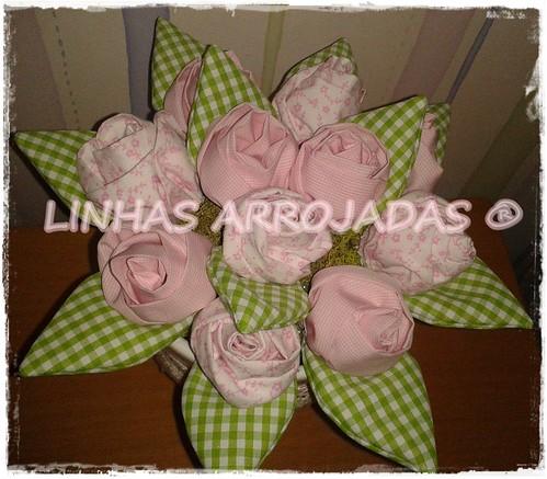 vaso da carla Madrinha da kika by Linhas Arrojadas Atelier de Costura ® Trademark