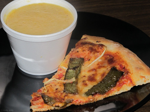 Roasted green pepper & onion pizza and butternut squash soup by Coyoty